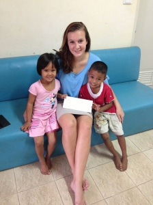 Who's teaching who?  Erin at the Pattaya Mercy Centre