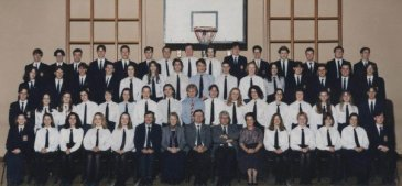 Graduating class from Queen Elizabeth's Grammar School, Ashbourne, 1995