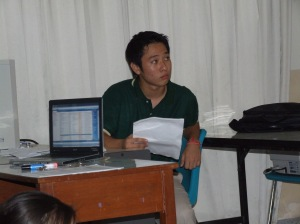 Kyu Bak preparing a presentation for the Global Issues Network Conference